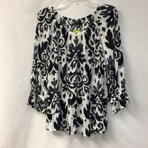 INC white and black top size XL